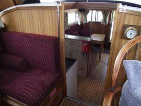 Aquafibre 38 Centre Cockpit - Interior