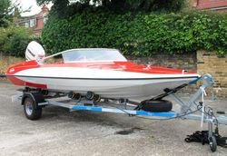 15ft GLASTRON GT 150 SPORTS BOAT - fully restored