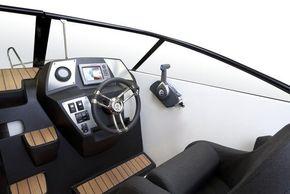 Corsiva Coaster 600 Deluxe Cabin