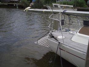 Oyster  406-16 Deck Saloon Version - Stern