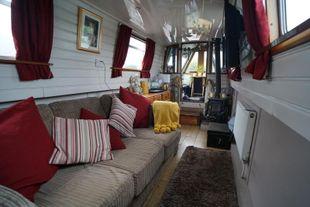 KIKI BEE  - 69' x 6'10 Liveaboard Narrowboat