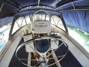 47 ft Centre Cockpit Yacht for Sale