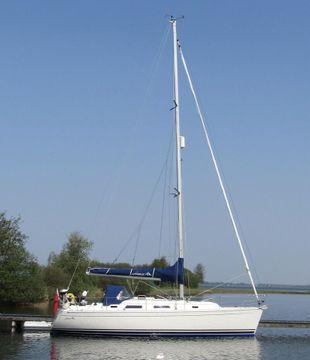 Rare lifting keel version of Hanse 34'