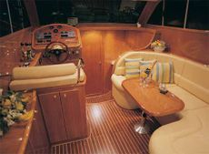 Viki 32 Sedan Saloon Single Cabin Layout