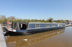 Slipstream, 55ft traditional style narrowboat