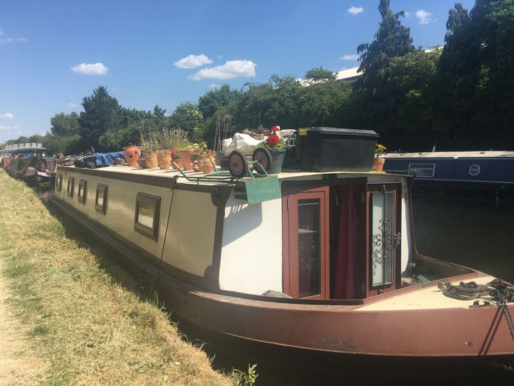 57 x 10.5ft Widebeam available now in London