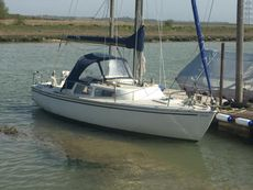 Jaguar 22, lift keel, road trailer also available if required