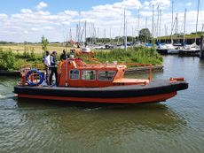 10 mtr. Shallow Water Survey Cabin Boat for sale