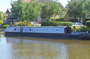 57ft Trad Stern Narrowboat by Kingsground