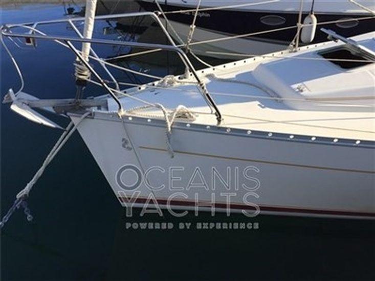 2000 OCEANIS 311 CLIPPER