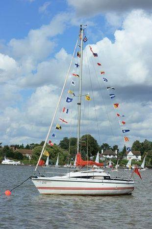 Pegasus 800 lift keel masthead bermudan auxiliary sailing yacht