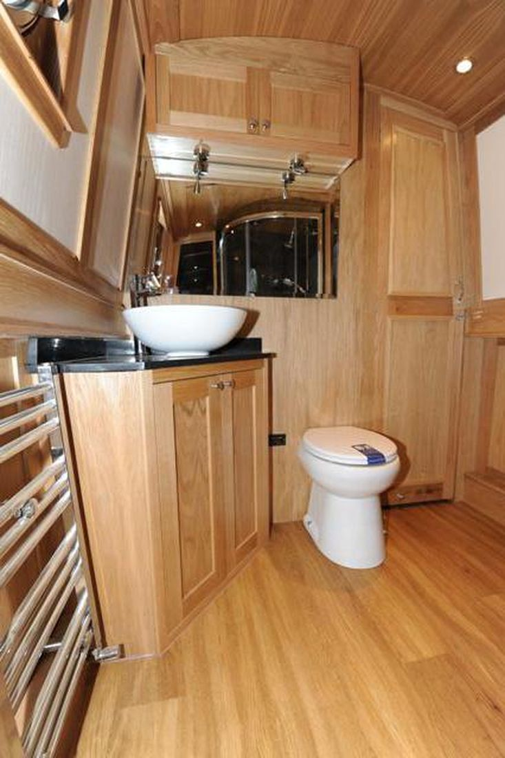 Bespoke Narrowboats Built to Order Exceptional Quality