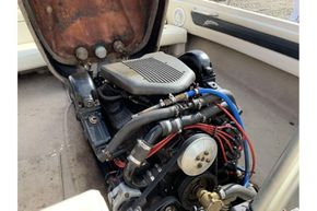 MasterCraft ProStar 190 - engine view towards stern