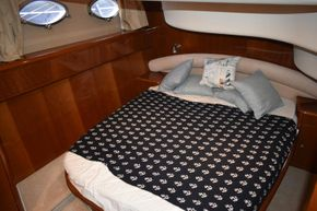 Carine Yachts  - Luxury Yacht Brokerage | Princess 50 2006 | Photo 8