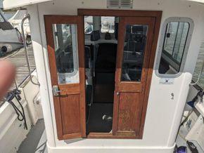Hardy Fishing 24 - Extended Wheelhouse Recent engine - Companionway