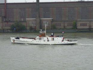 ex Torpedo Navy vessel