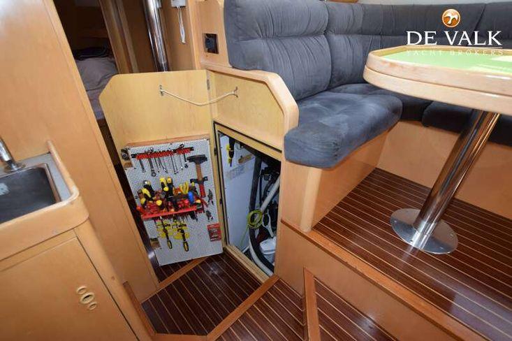 2001 Pilot Saloon 43