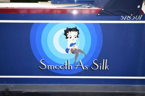 Signwriting 'Smooth As Silk'