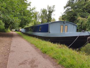 Brand new bespoke widebeam barge