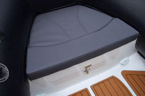 Excel Virago 350 RIB - bow cushion