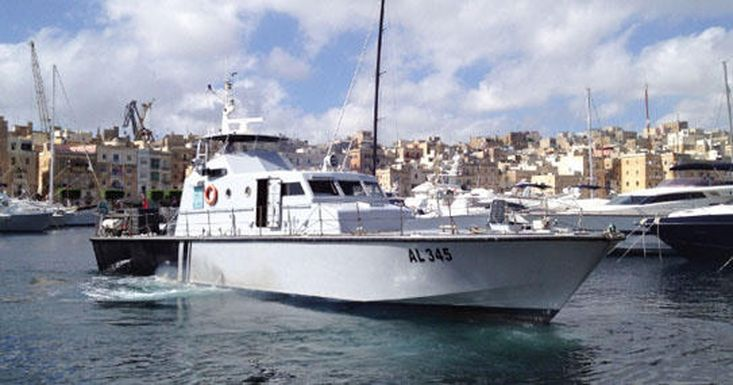 For charter:AL345 High speed rescue boat