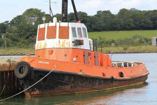 24 metre tug - suitable for conversion