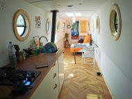 Incredibly refurbished 45ft narrowboat