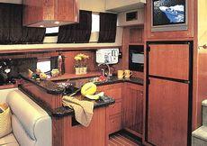 Cruisers Yachts 415 Express