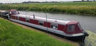 Narrowboat Cruiser Stern