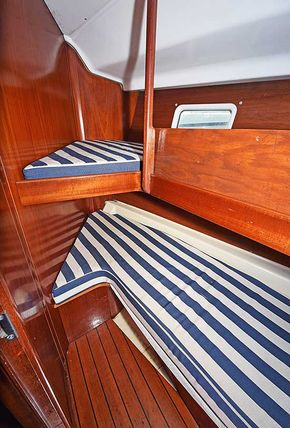 Pullman two-berth forward cabin