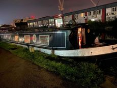 Widebeam with East London Mooring