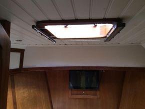 Guest cabin escape hatch