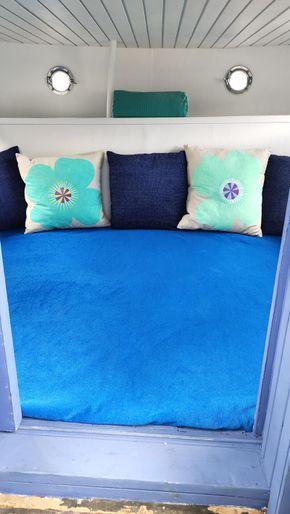 Stern bedroom