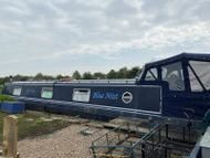 57ft x 11ft widebeam narrowboat. Built by Collingwood Boats in 2009