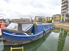 2002 Wide Beam 66ft with London mooring