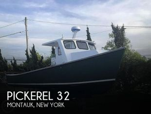 1985 Pickerel 32