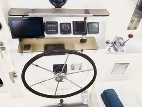 Plotter, wind, autopilot, eco, AIS