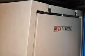 Generator in silent box