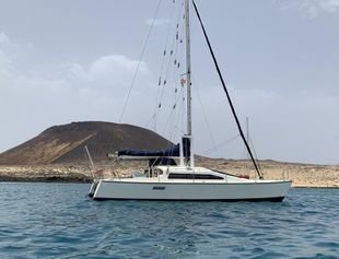 Woods Banshee Catamaran. Ready to go. Can deliver Worldwide!