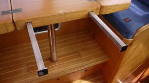 extension arms -table