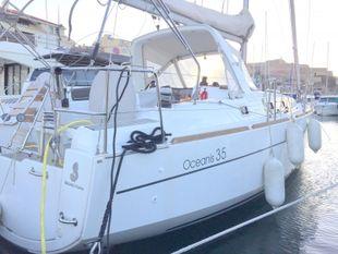 2015 OCEANIS 35