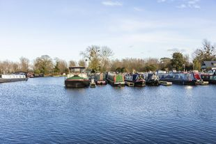 50ft Narrowboat Moorings at Saul Junction Marina