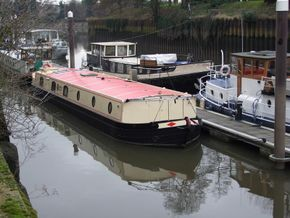 Widebeam berths often available