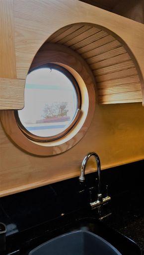 Kitchen porthole