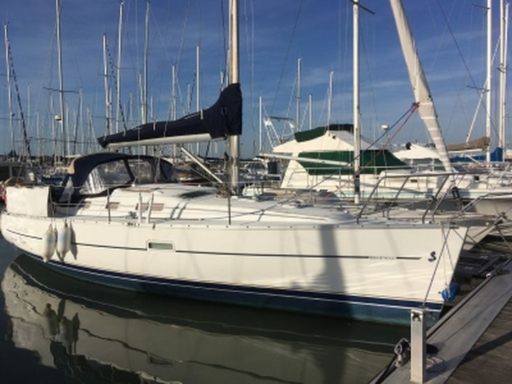2004 OCEANIS 323 CLIPPER
